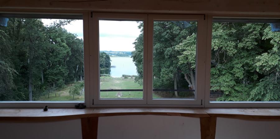 Blick über Wald und See im Urlaubsseminar 2020 in Mecklenburg